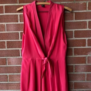 Sleeveless Pink Dress with Front Tie